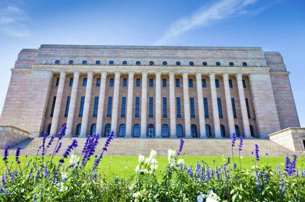 مبنى البرلمان الفنلندي