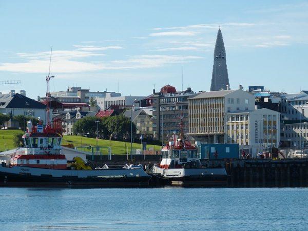 Photo of السياحة في ايسلندا موطن البراكين والسخانات والشلالات والأنهار