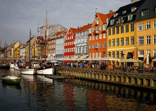 ميزات اللجوء في الدنمارك كيف تراها وهل تستحق المغامرة