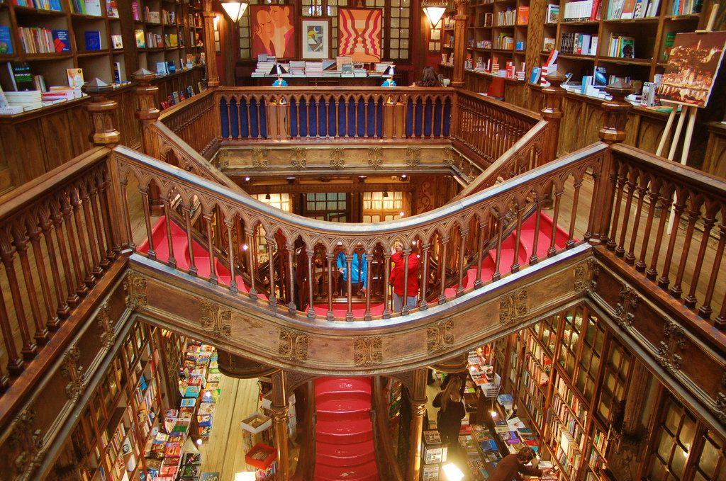 مكتبة ليلو