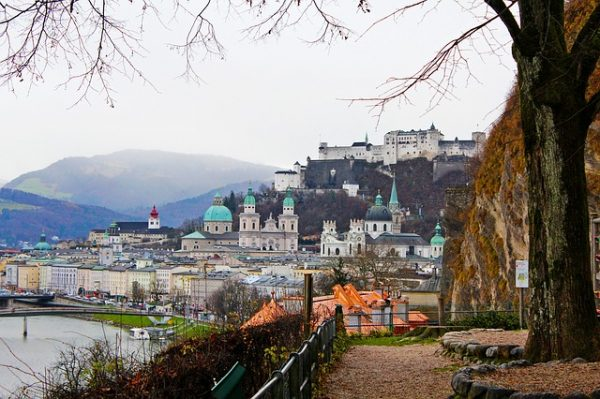 صورة النمسا تسمح لطالبي اللجوء بالعمل بشكل رسمي