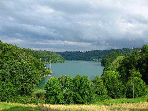 سحر الطبيعة وفخامة الضيافة في بيرن