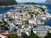 عقد العمل في النرويج والبنود التي يجب أن يتضمنها