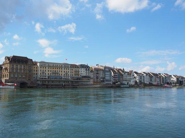 اللجوء الى سويسرا عن طريق سفارات سويسرا