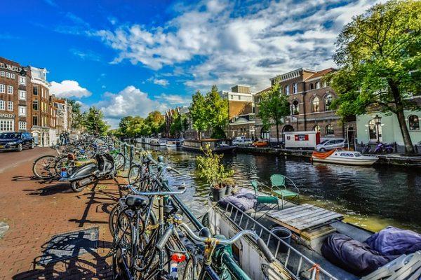 كيفية السفر الى هولندا للعمل