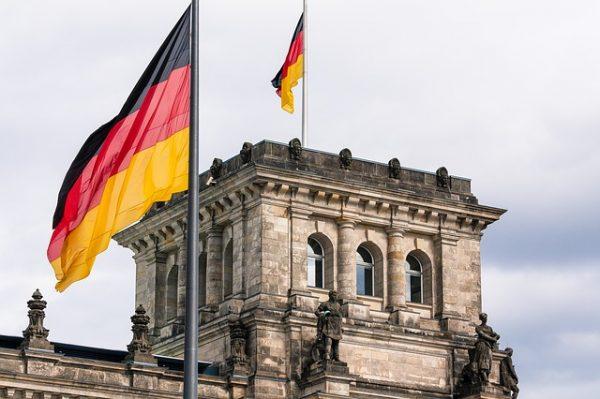 اللجوء الدينى الى المانيا