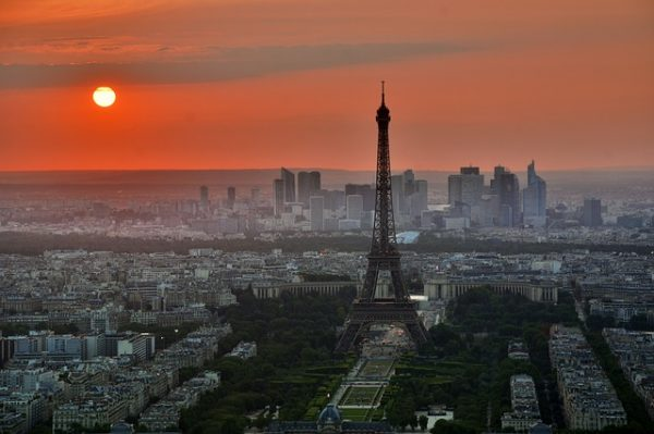 شروط اللجوء السياسي في فرنسا