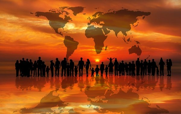 قائمة الدول حسب السكان المهاجرين منها