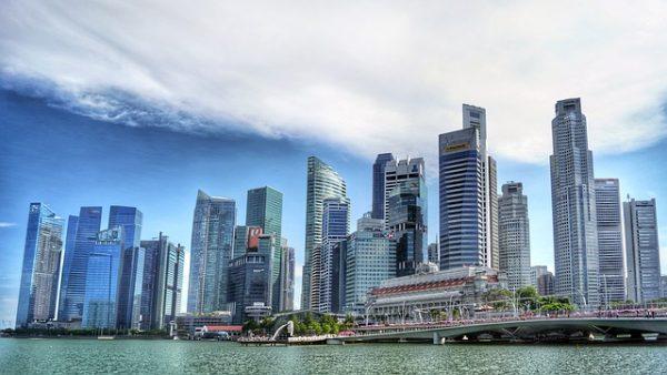شروط العمل في سنغافورة