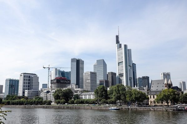 هل توقف لم الشمل في المانيا