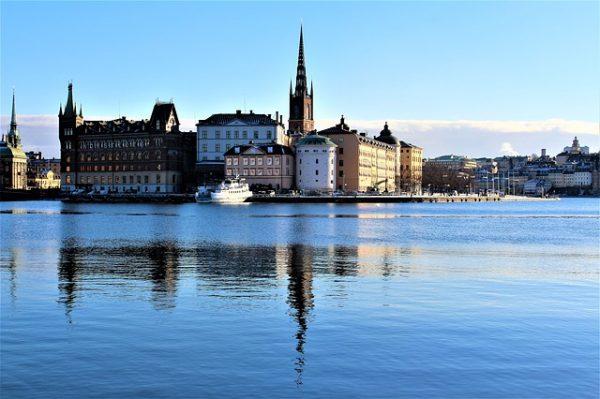 اللجوء الانساني في السويد : شروط وكيفية ووثائق التقديم