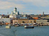بنود وشروط عقد العمل في فنلندا : قوانين العمل في بلاد التوت