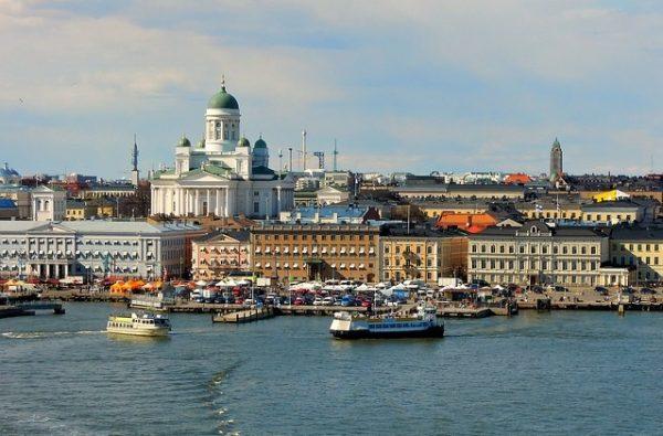 بنود وشروط عقد العمل في فنلندا