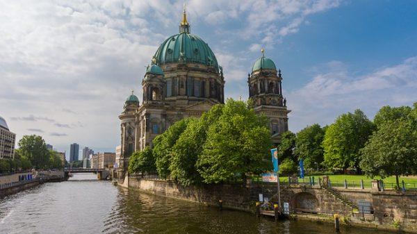 السفر الى المانيا للعمل