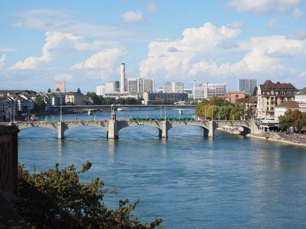 فتح باب التسجيل في قرعة الهجرة إلى سويسرا 2018-2019