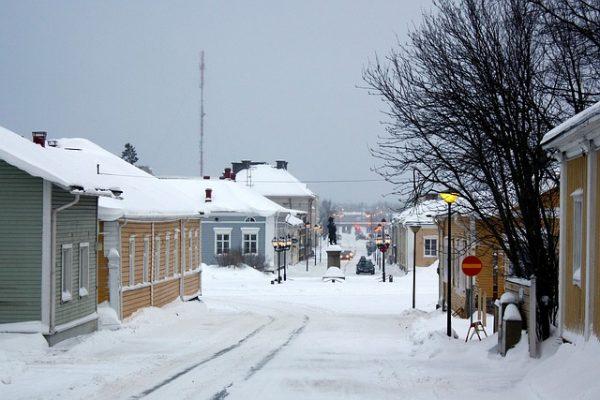الدخول والسفر الى فنلندا