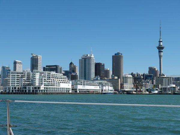 صورة أسباب الترحيل من نيوزلندا .. 5 أسباب تؤدي للإبعاد من نيوزيلندا