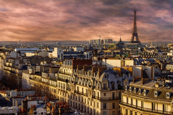 اللجوء الى فرنسا عن طريق السفارة الفرنسية