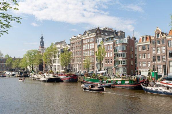 المهن المطلوبة في هولندا 2018 : 36 مهنة الأكثر طلباً في هولندا
