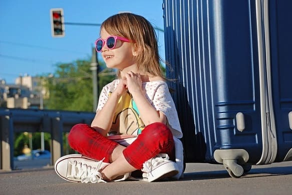 اجراءات السفر مع الأطفال