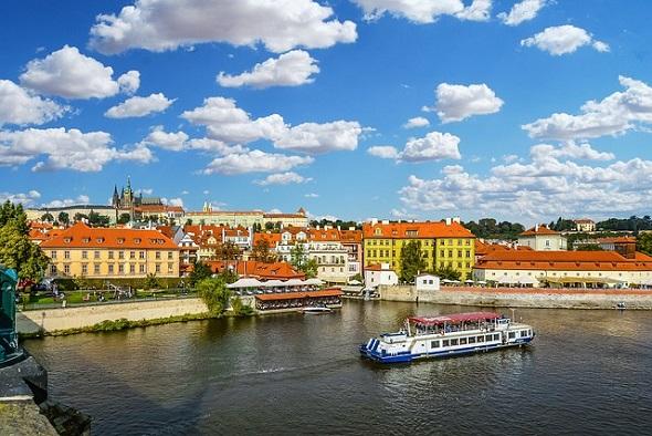 المعالم السياحية في مدينة براغ التشيك