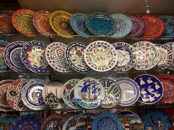 التسوق في بازار إسطنبول