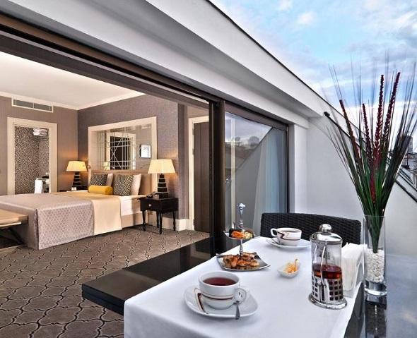 مطاعم فندق مركيور اسطنبول بومونتي