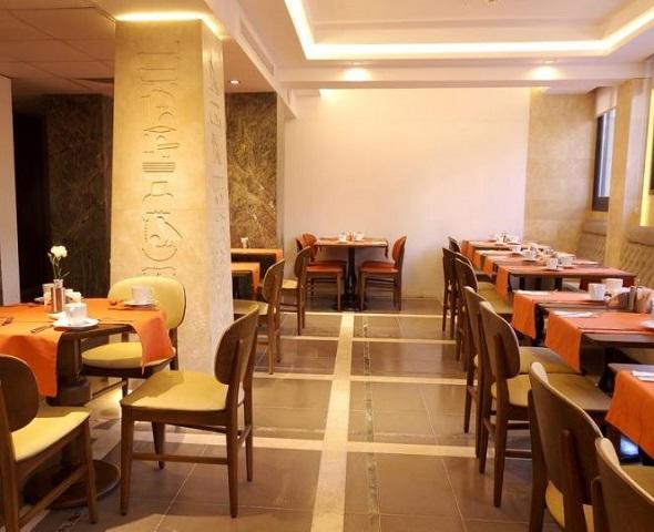 مطعم فندق البيك