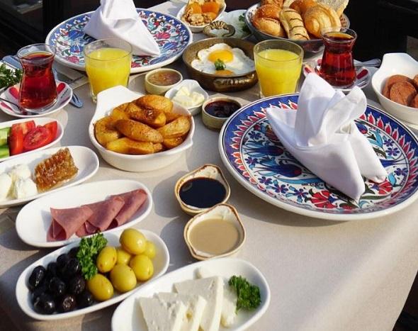 مطاعم فندق سورا ديزاين الفاتح