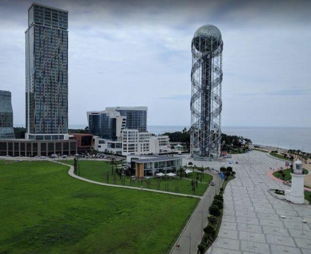 برج الحروف الابجدية بجورجيا