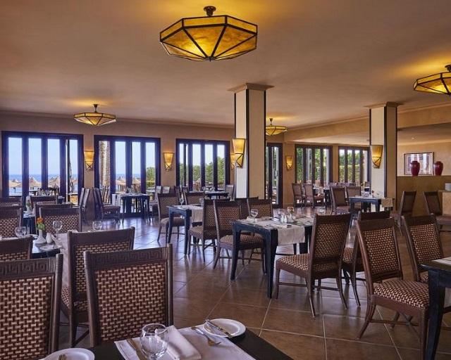 مطعم فندق جاز دهبيه