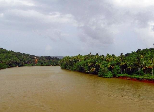 نهر تيريخول